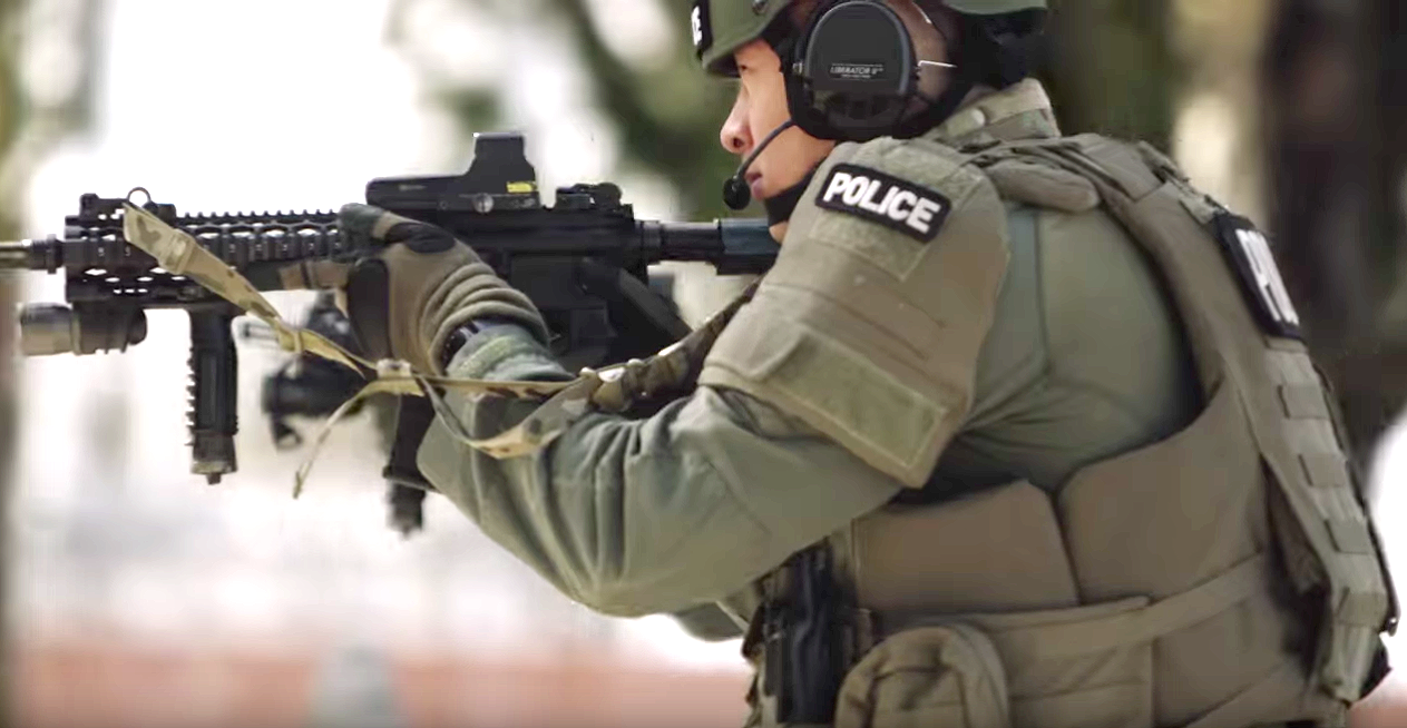 swat team gear and guns